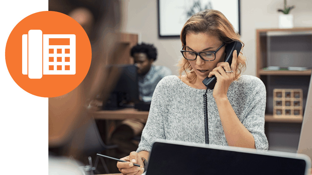 Support professional on the phone